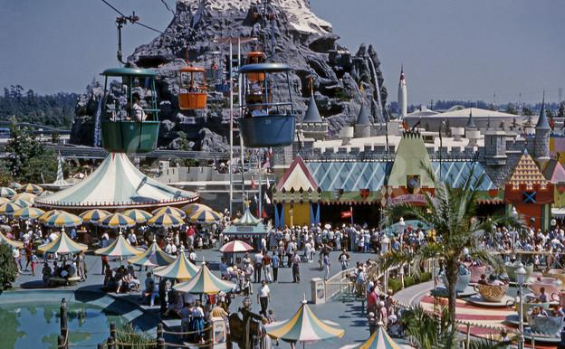 Discontinued Disney Rides: The Skyway to Tomorrowland/Fantasyland