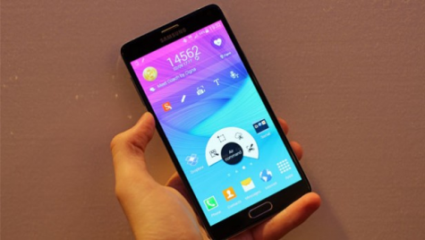 Galaxy Note 4: Phablet with Styl(us)