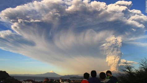 Chile's Calbuco Volcano Erupts for First Time in 40 years