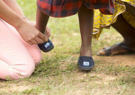 Instagram Your Bare Feet and TOMS Will give Free Shoes to Children