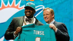 Laremy Tunsil Dropped to 13th overall in NFL Draft