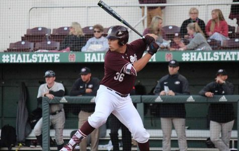 Four Diamond Dawgs Rout Auburn To Complete Second-Straight Sweep