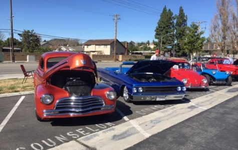 Esperanza High School Holds Annual Car Show
