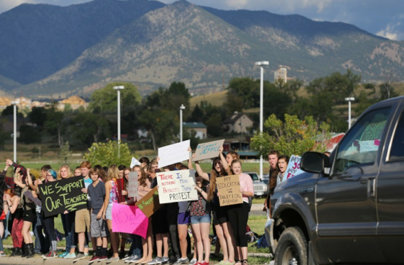 Students Protest Colorado Curriculum