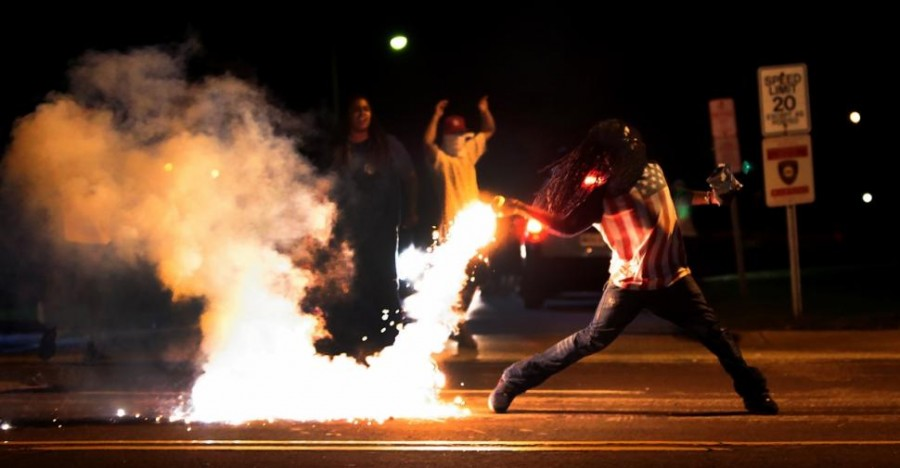 Ferguson+Erupts+in+Protests+and+Around+the+World+