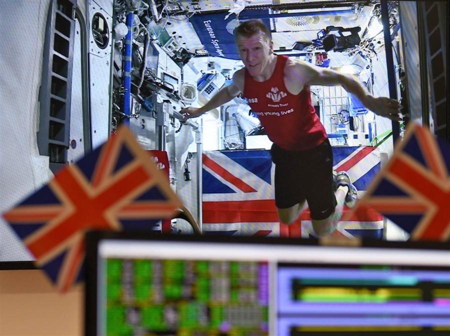 Tim+Peake+Finishes+the+Entire+London+Marathon+from+Space