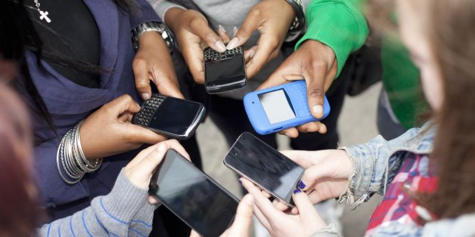Teens Using Social Media To Threaten Others