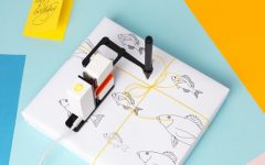 "Kickstarter of the Week: ""Line Us"" Robotic Drawing Arm Adds Mobility to Art"
