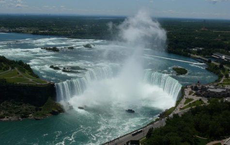 Boy Survives 100 Foot Tumble In Niagara Falls